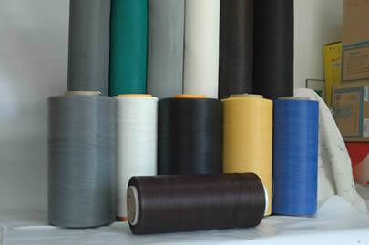 Six different colors of material and six roll of insect screen.